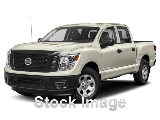Pre-Owned 2017 Nissan Titan SV 4dr 4x2 Crew Cab 139.8 in. WB