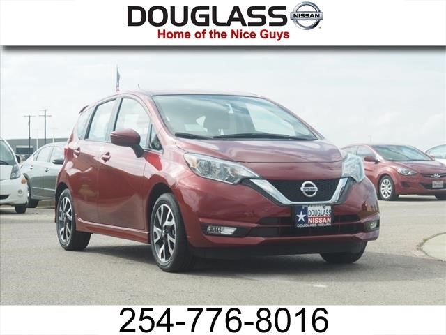 new 2017 nissan versa note sr hatchback sr in waco k919 douglass nissan of waco. Black Bedroom Furniture Sets. Home Design Ideas