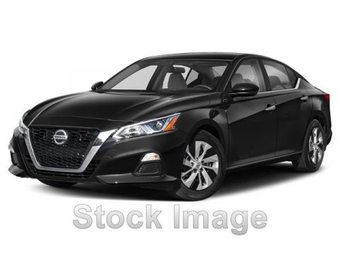 New 2019 Nissan Altima 2.5 SV 4dr Sedan