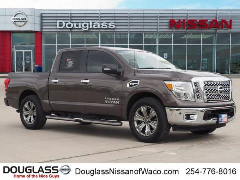 Certified Pre-Owned 2017 Nissan Titan SV 4x2 Crew Cab 139.8 in. WB