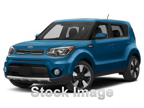 Pre-Owned 2017 KIA Soul BASE